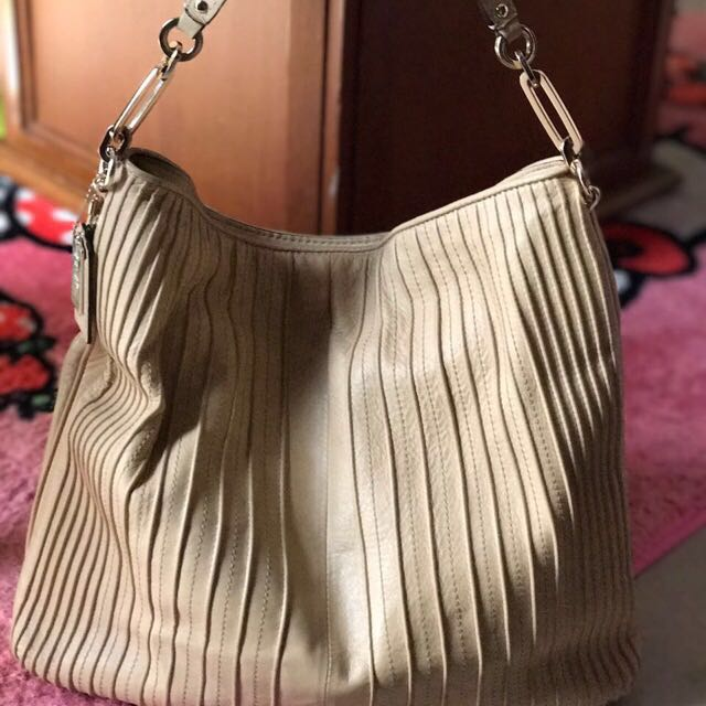 COACH Shoulder Bag Madison Beige