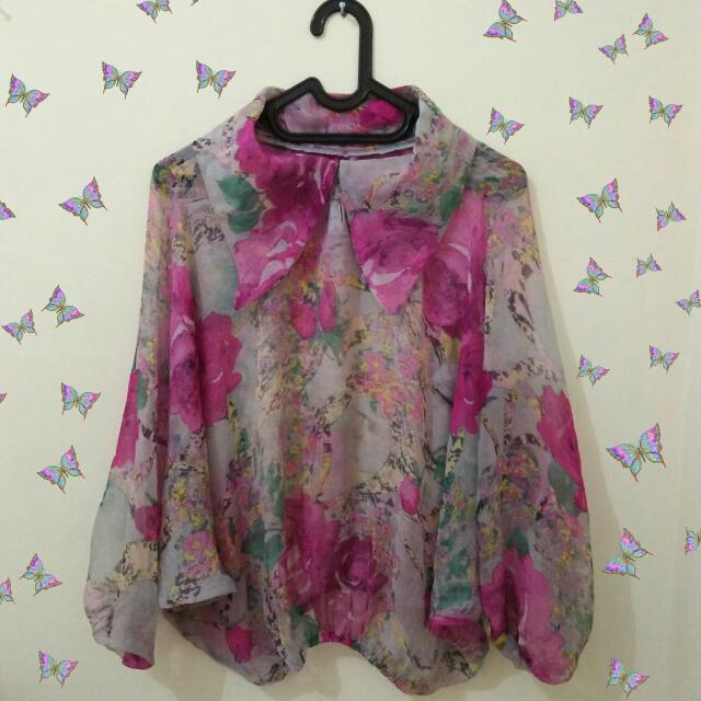 Crop flowers blouse