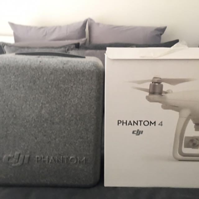 DJI PHANTOM 4 Case And Box