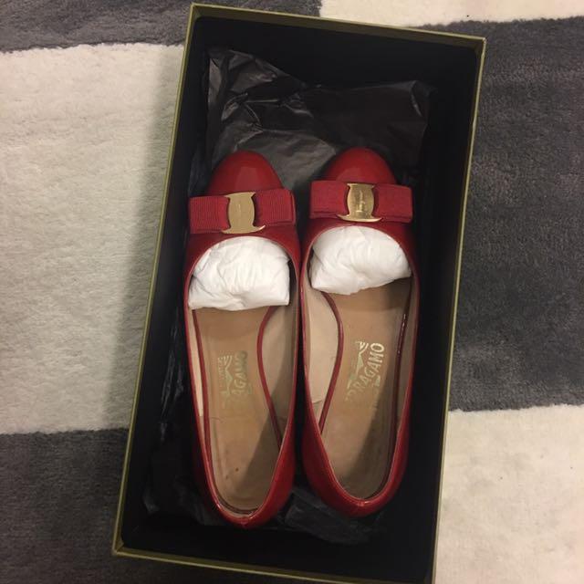 Ferragamo shoes size 6.5