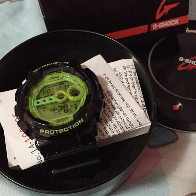 G shock Watch. Authentic. Selling CHEAP!!!