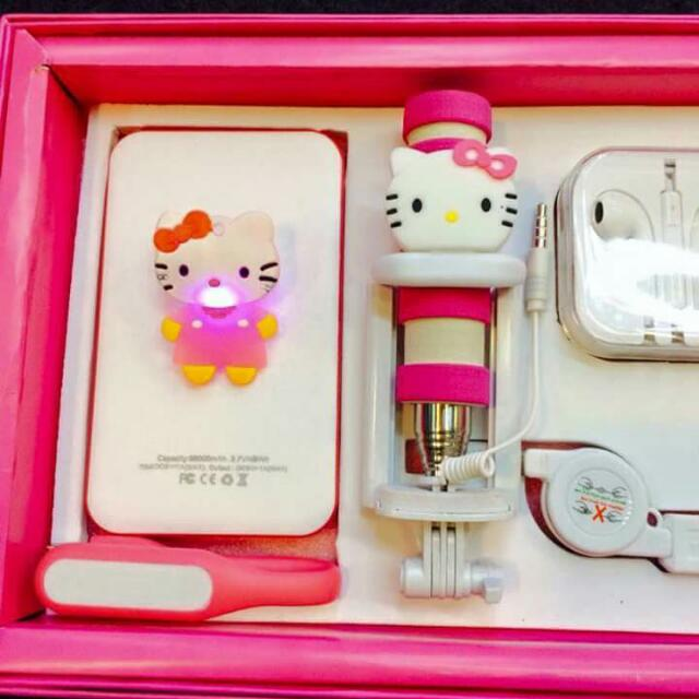 Hello Kitty Complete set