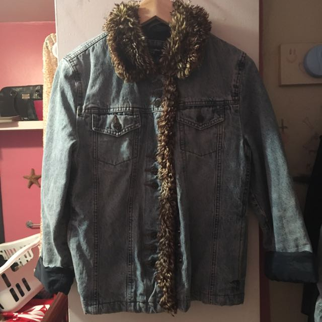 Jean Jacket Faux Fur Trim