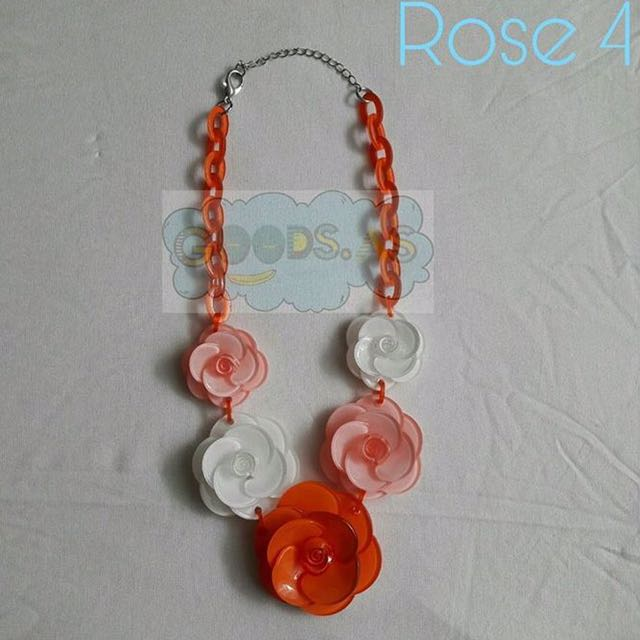 Kalung Bunga Oren Peach