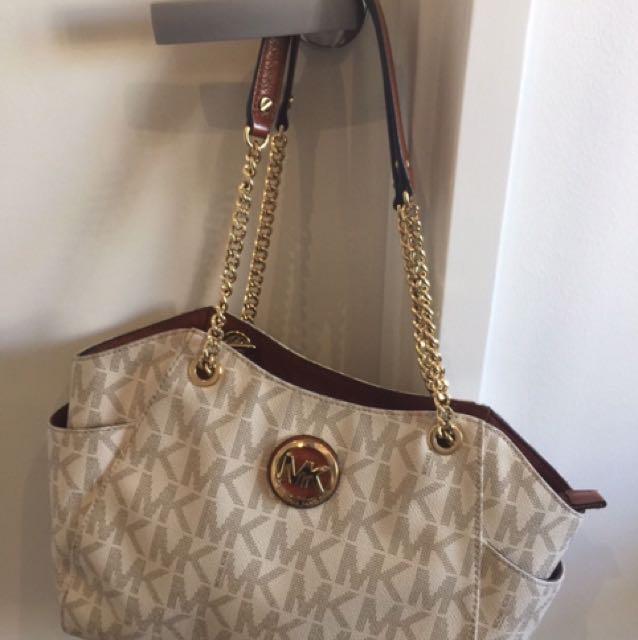 Michael Kors Handbag and Wallet Set