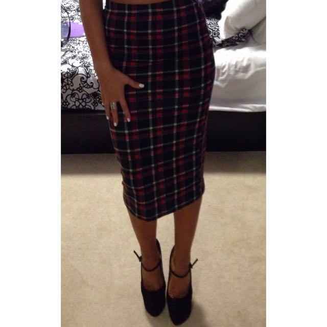 MIDI checkered Skirt