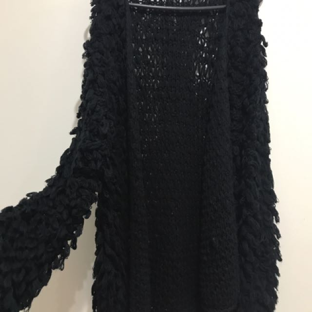 Milk & Gala Shaggy Knit Size Small/medium