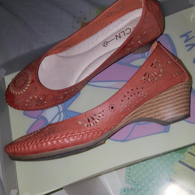 Pre-owned CLN shoes
