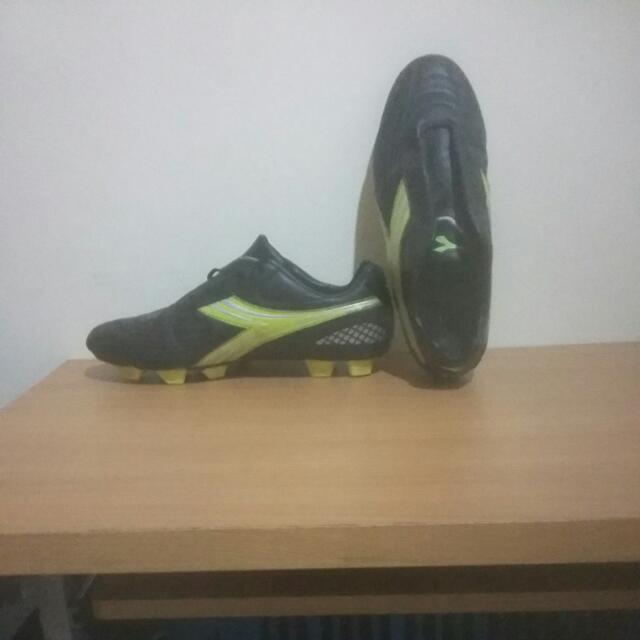 Sepatu Bola Diadora Intero FG ORI