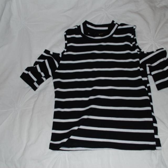 shoulderless crop shirt (stripes)
