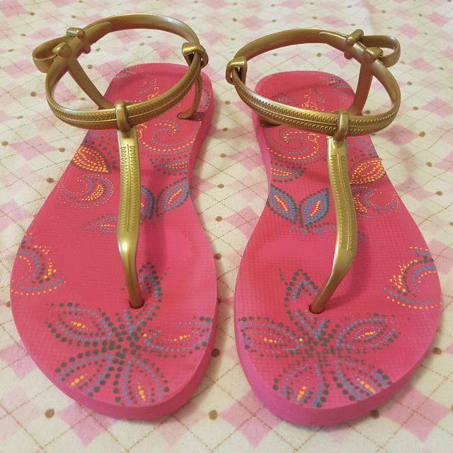 Summer Stylish Sandals Size US 5/6