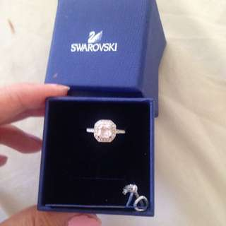 Beautiful Swarovski Ring