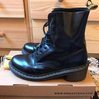 Dr Martens heeled boots 10