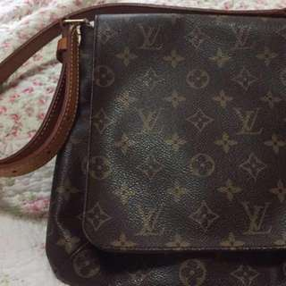 ❌SOLD❌Fast Deal-350 Vintage Louis Vuitton Bag