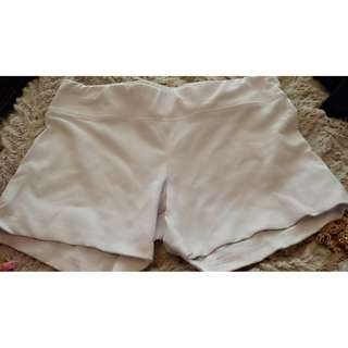 Garage Medium white short