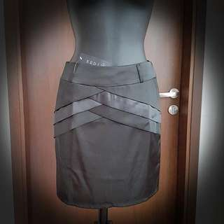 Brand NEW with Tags Black Office Skirt