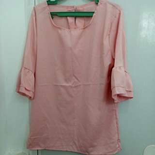 Preloved Pink lacey blouse