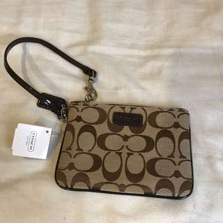 New With Tags Womens Coach Wristlet Brown