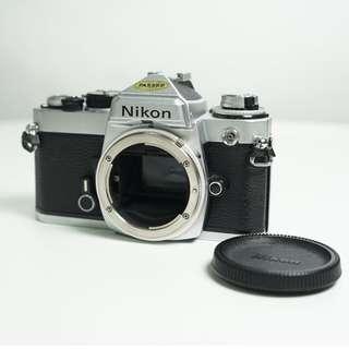 Nikon FE(silver 銀)
