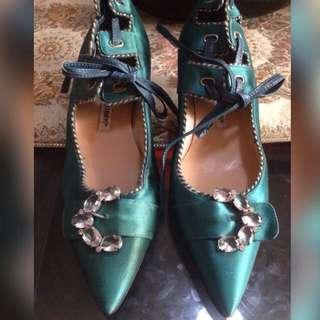 ⭐REDUCED!⭐Manolo Blahnik Silk Embellished Low Heeled Pumps