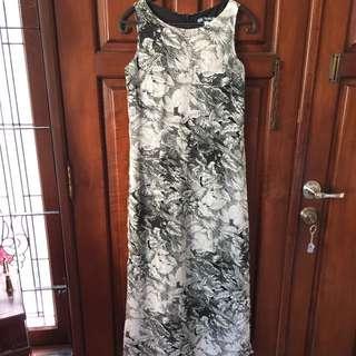 Used , Dress full Vuring Ari Tahlia Small