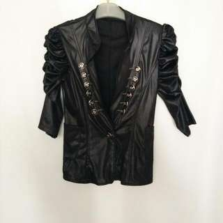 outer jacket black