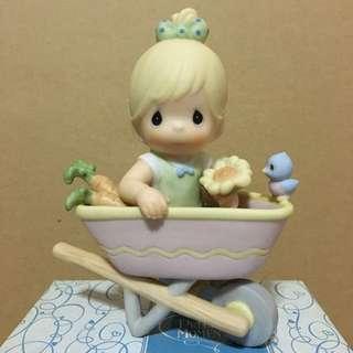 Precious Moments // Home Grown Love Figurine