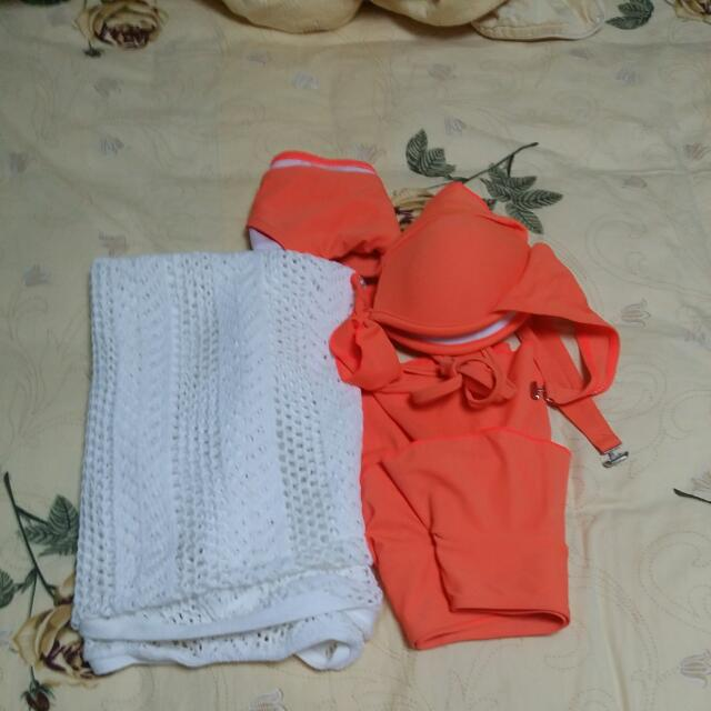 ❤Repriced 290❤3in1 Swimming Wear With Cover Up