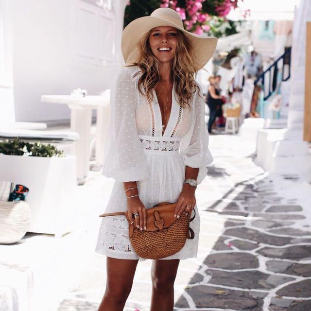 夏天是白色洋裝的天下!☀️
