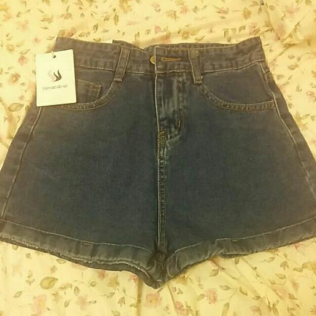 高腰百搭單釦卷邊反折顯瘦修身牛仔短褲 深藍