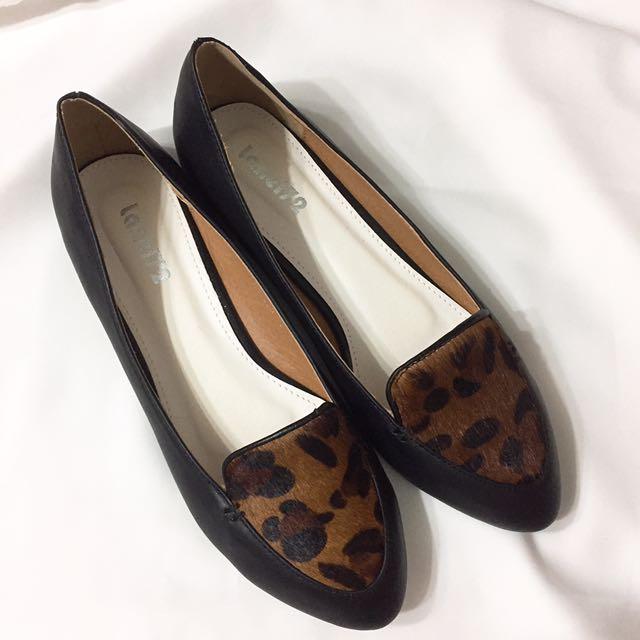 豹紋馬毛尖頭平底鞋 全新