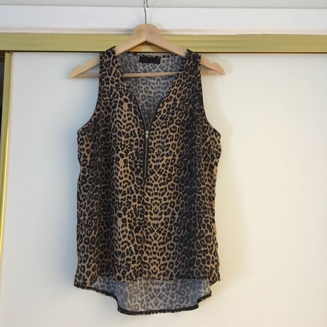 Ally Fashion Top Size 8