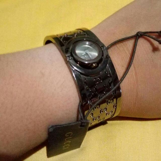 Authentic Gucci Bangle Watch(new)