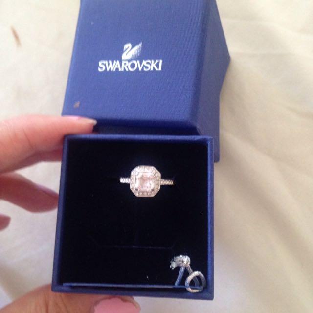 Beautiful Swarovski Ring