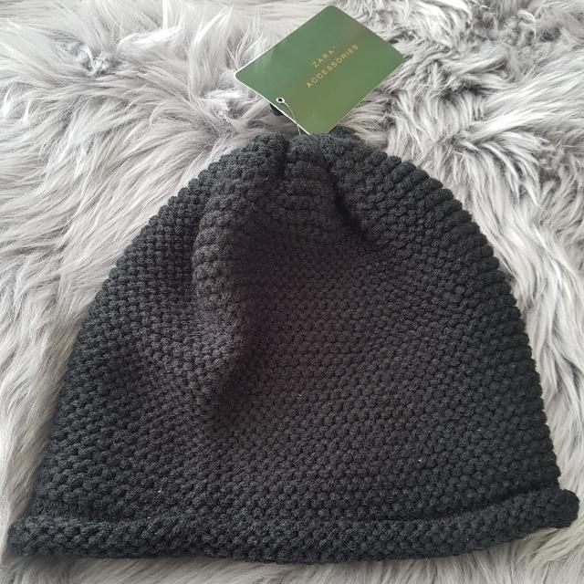 Brand New Zara Dark Navy/Black Beanie - Fits All
