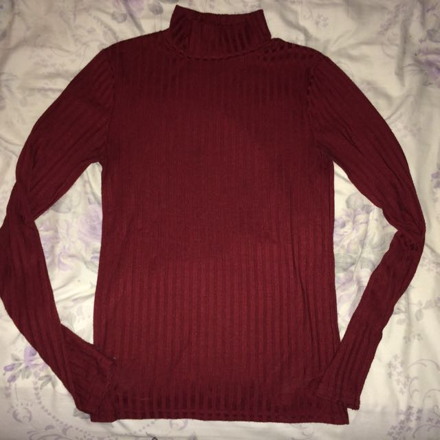 Burgandy Urban Heritage Turtleneck