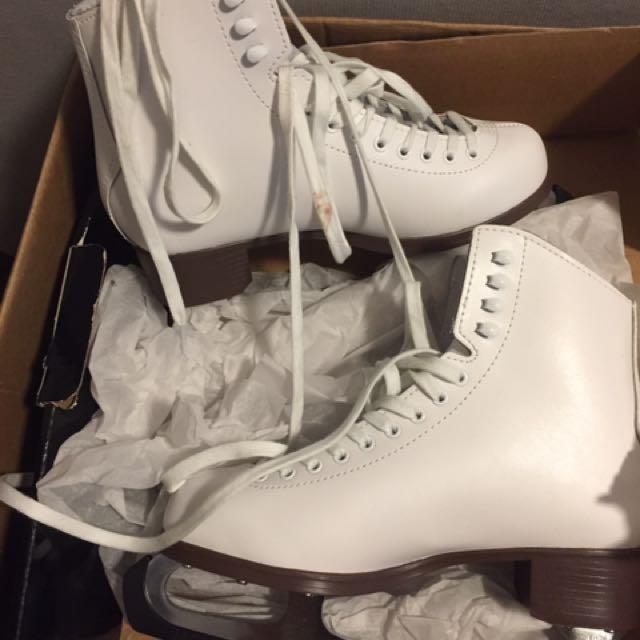 Cameo By Jackson Figure Skates
