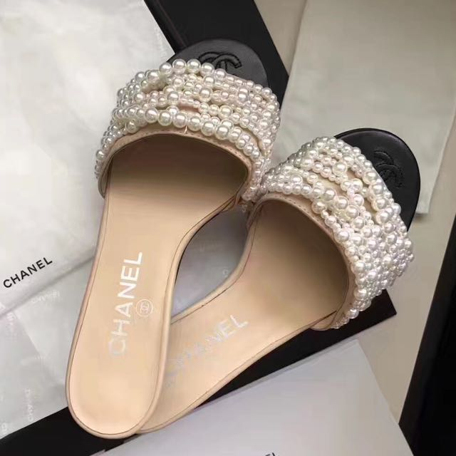 081ae89a0ee Chanel Pearl Sandals