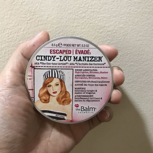 Cindy-lou Manizer . The balm highlighter