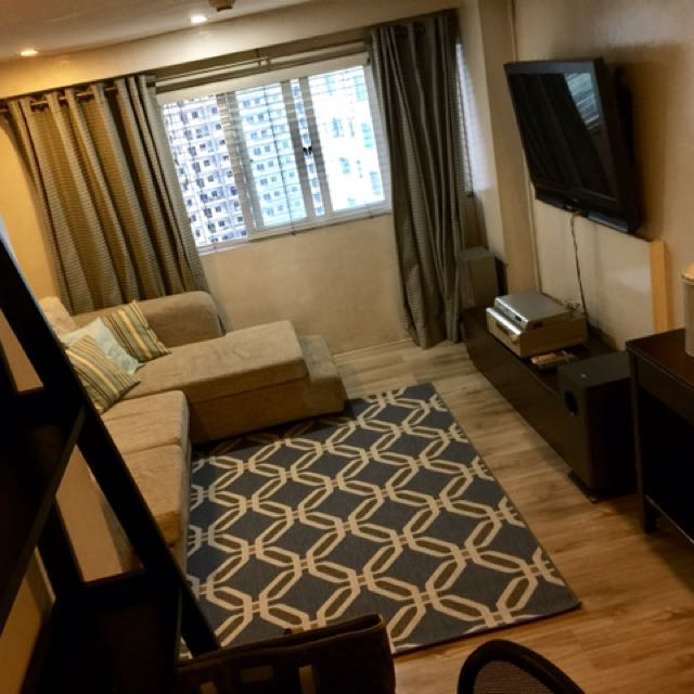 Condo Unit 2 Bedroom Loft Type 57.5 Sqm For Sale