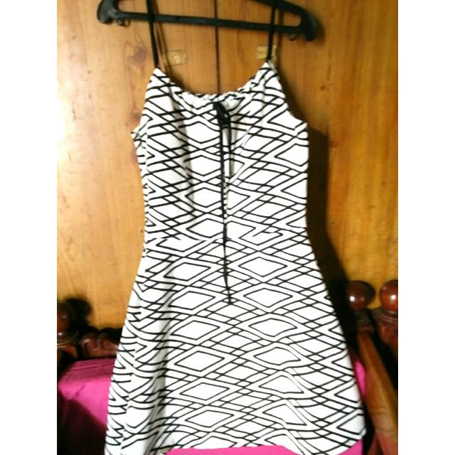 CRISSCROSS DRESS
