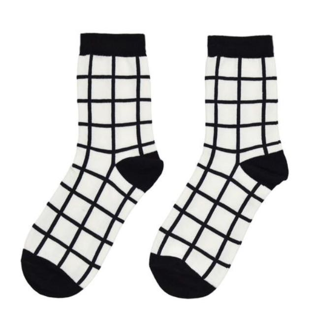 Cute Grid Socks ✨