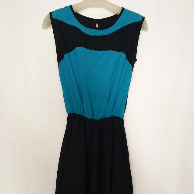 dress biru hitam