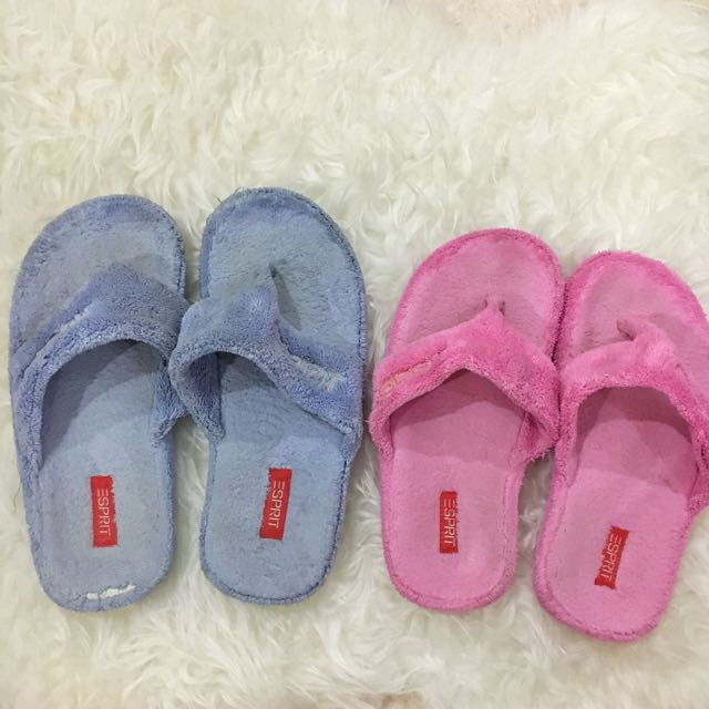 Esprit Furry Couple Sandals