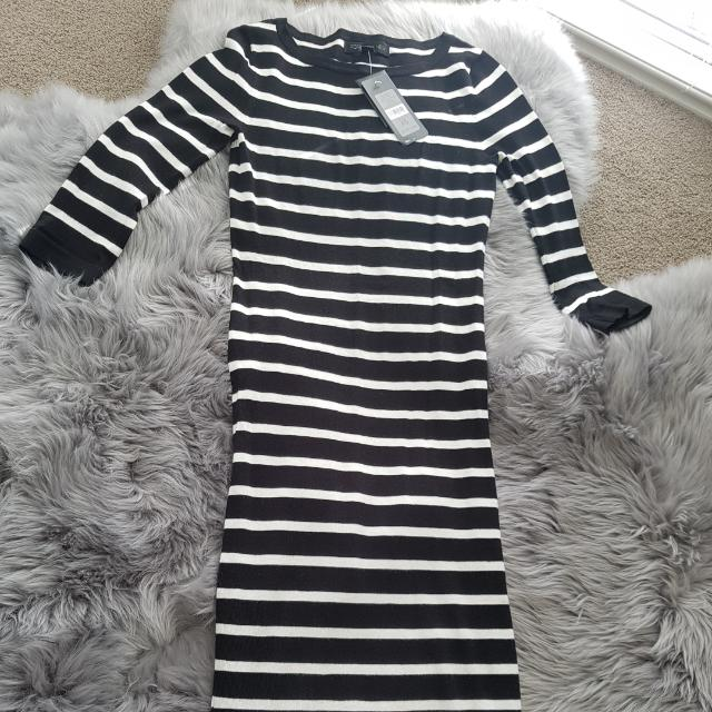 Forever New Black And White Strip Knitted Dress Size XS