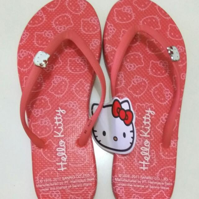 Hello Kitty Red Sandal