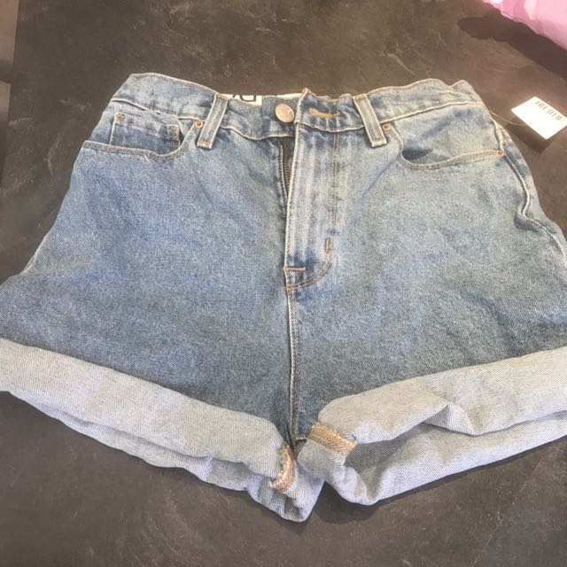 High Waisted Denim BDG Mom Shorts Size 26