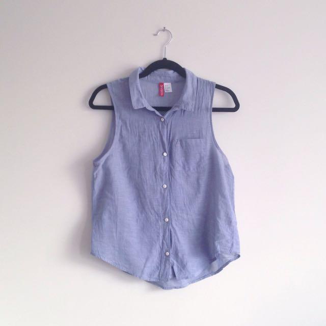 H&M denim look sleeveless collar collared button up top
