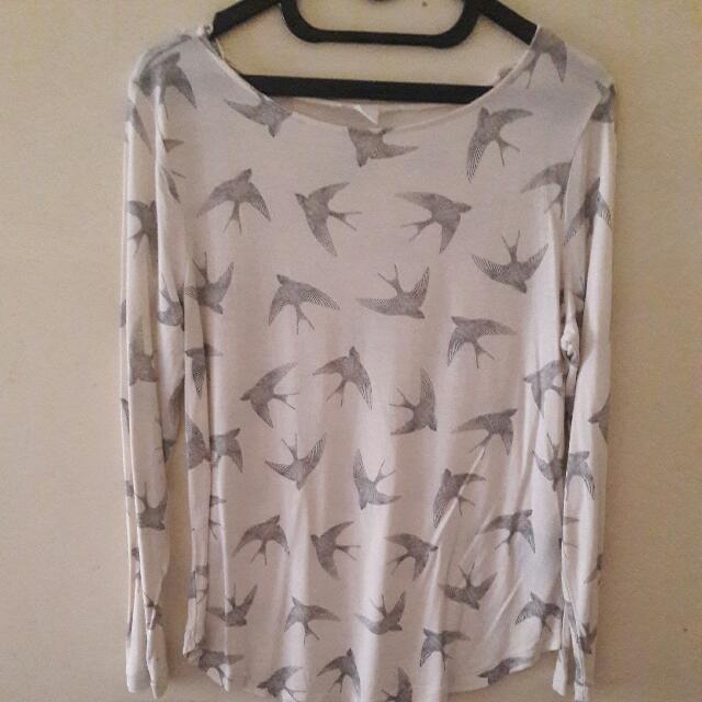 H&M Mockingjay T-shirt
