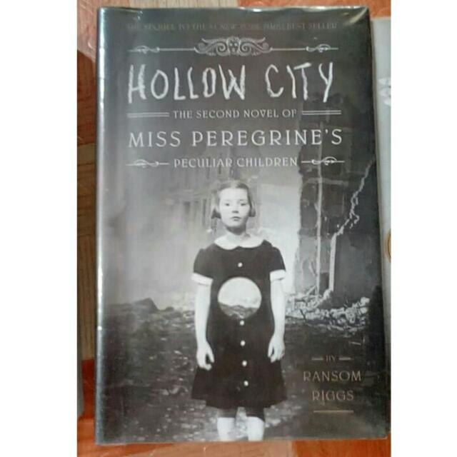 Hollow City By: Ransom Riggs